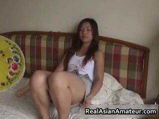 חרמן אסייתי סקס צעצוע מזיין סצנה