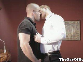 同性戀者, 偷窺, 飾釘