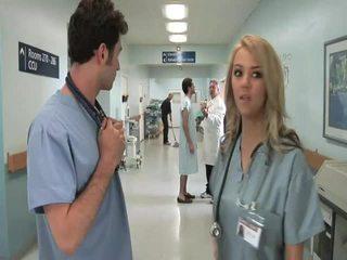 أقرن sleaze باروديا مستشفى اللعنة أفلام