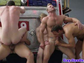 Charlie roberts fund inpulit pe foc truck