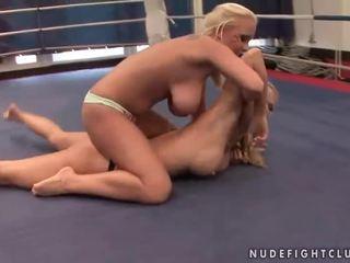 all lesbian, best lesbian fight, online muffdiving