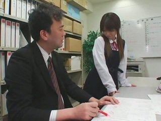 Sejas masāža cumshots par aziāti schoolgirls