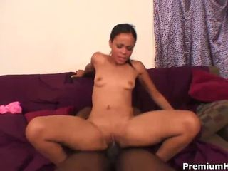 Cutie Vanessa takes a hard ride