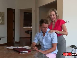 A Relaxing Message With Brandi Love