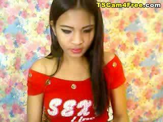 Monada asiática travesti paja