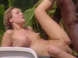 Blanc femme meets noir lover en jamaïque