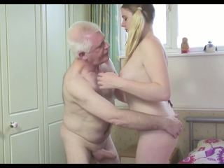 Karštas senas vyras n jaunas kalė