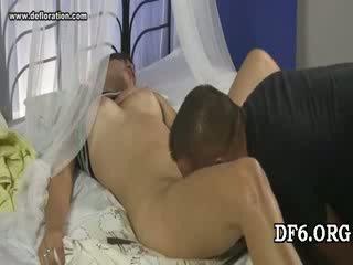 Virgin tries viņai 1st dong
