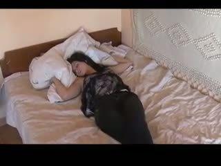 Labākais no guļošas meitenes