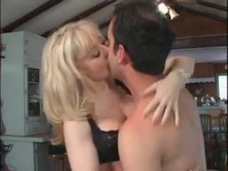 cumshots, big boobs, nobriešana