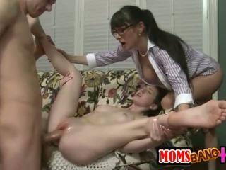 그룹 섹스, 거근, 삼인조