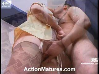 Christina a monty sexuální elder scéna