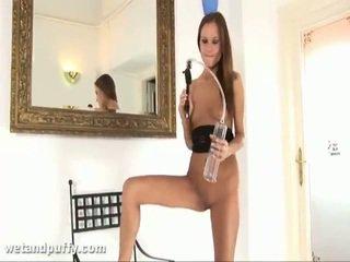Abby using labia kompa