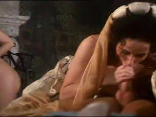 Kongelig orgie med barmfager hottie sarah unge