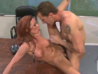 Порно мадама jadra holly enjoys на steamy горещ jizzload това мадама acquires след чукане трудно