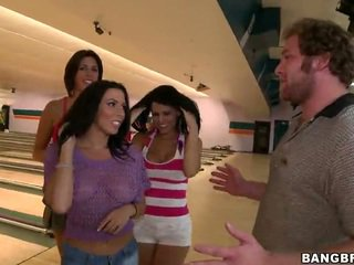 Bowling With Rachel Starr, Diamond Kitty, Alexis Fawx, Brandy Aniston And Anastasia Morna