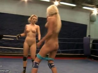 Laura crystal in michelle sočno fighting exposed
