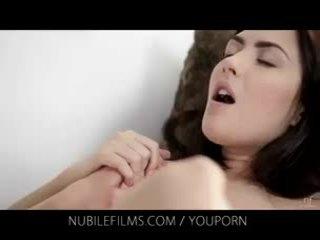 Nubile films - su preciosa novia licks coño así bueno