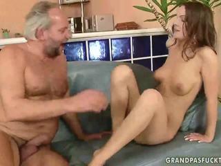 Grandpas και εφηβική ηλικία
