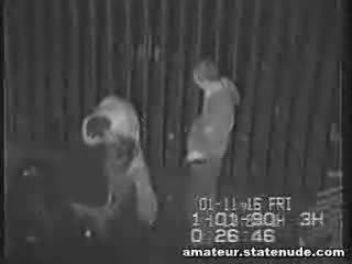 Paauglys gauja bang apie saugumas kamera
