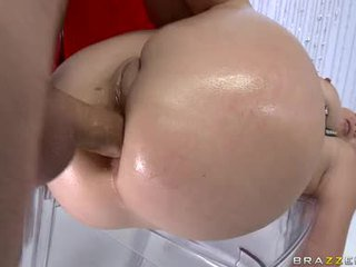 CaptIvating Hawt Holly West Always Liked To Get HerSelf Cummed After A Hot Fuck