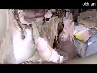 Παχουλός/ή grannny και χοντρός/ή ώριμος/η τσιμπουκώνοντας ένας καβλί βίντεο