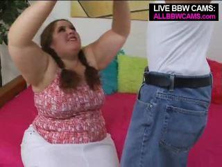 Talented tuk velké krásné ženy superstar swallows část 1