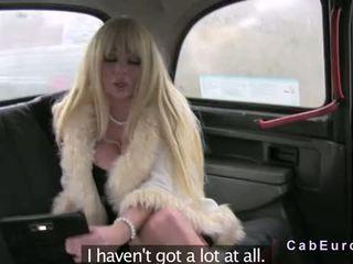 거대한 가슴 금발의 flashin 과 빌어 먹을 에 fake taxi