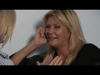 Nina, ginger & melissa - heet milfs in lesbisch encounters