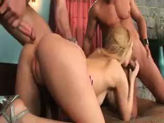 bagus mahasiswi tonton, seksi anal bagus, nyata kelompok tiga orang memeriksa