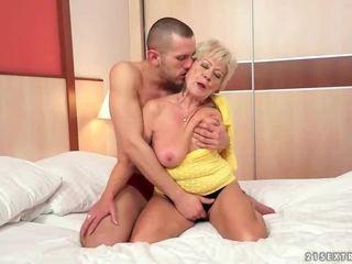 Бабуся секс збірка