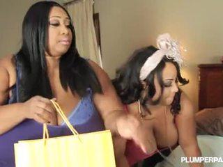 2 นมโต ดำ ผู้หญิงไซส์ใหญ่ เลสเบี้ยน cotton candi และ shanice richards