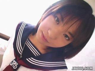 Teenaged 日本语 男女共学 gives 她的 第一 cocksuck