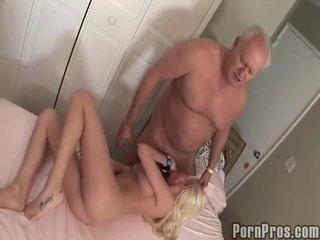 古い と youthful ポルノの チューブ