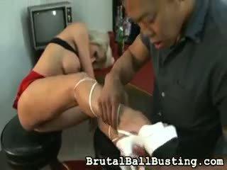 Ai licks të saj armpits.