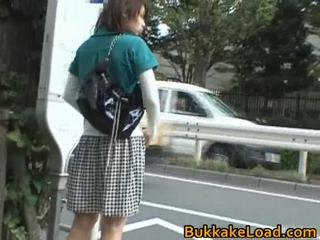 Babes κακοποιημένος/η onto ο λεωφορείο