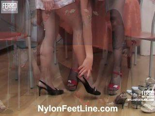 Alina ja catherine sukkahousut jalkaa toiminta