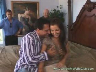 O シャイ タイプ ハードコア セックス