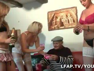 4 culs francais valama l anniv de papy