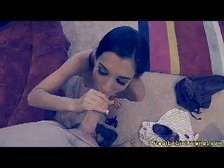 Lustful tristan kingsley receives na ji knees engulfing a těžký člověk sausage