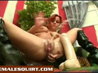 brunette, quality squirting, you toys