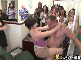 zeshkane, argëtim, hardcore sex, sex publik