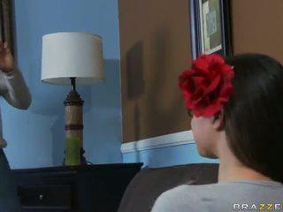 Tiffany star becerdin içinde oyun arkadaşı tatlı video