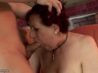 Foarte gras bunica getting inpulit greu