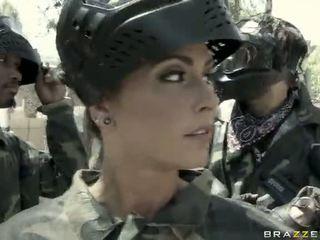 Jessica jaymes gets körd utomhus av en överlägsen video-
