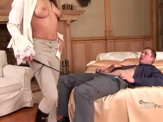 Hawt Zafira Sucking On Cock And Playes With Her Feet Making Him Rigid