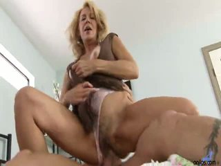 Mature Cougar Deauxma Suck And Fuck