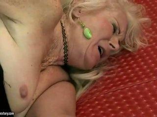 Moche grand-mère getting baisée rude