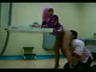 Arab hijab fodido em dela gynecologist vídeo