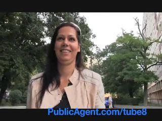 Publicagent skvostné bruneta naivka je bent cez na môj autobus